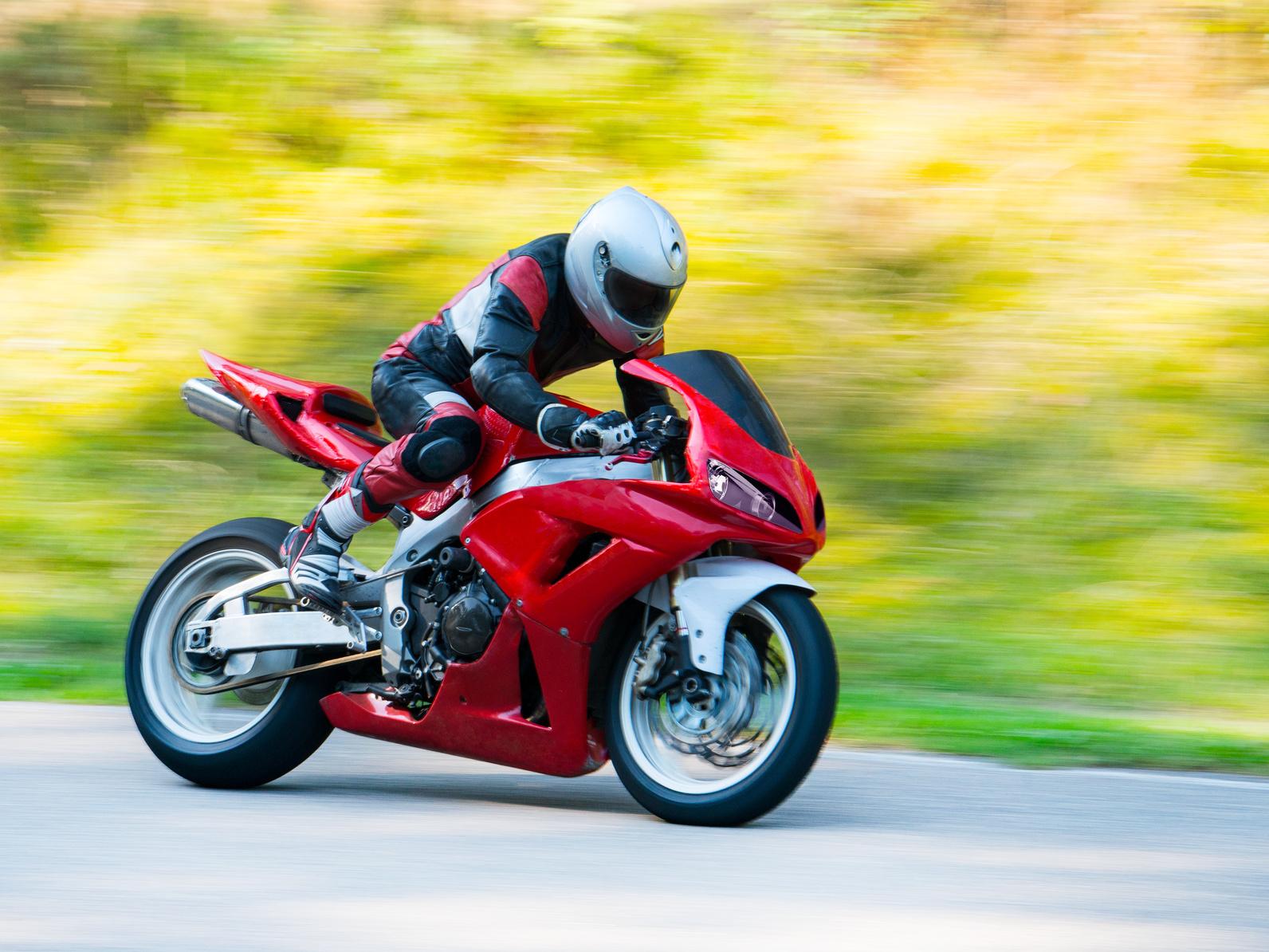 Reiten Sie ein Fahrrad mit Stil mit dem FC Moto